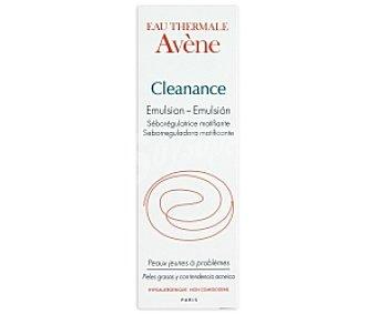 AVENE Cleanance Emulsión seborreguladora matificante,pieles grasas y con tendencia acneíca 40 Mililitros
