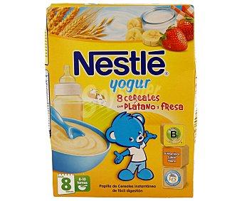 Nestlé Papilla intantánea de 8 cereales y yogur con plátano y fresa especial para bebés a partir de 8 meses 250 gramos