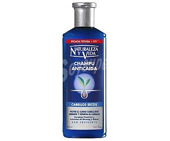 Naturaleza y Vida Champu anticaida para cabellos secos con extractos de ginseng y quina Frasco 300 ml