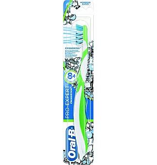 Oral-B Cepillo cross act.medi 1 UNI