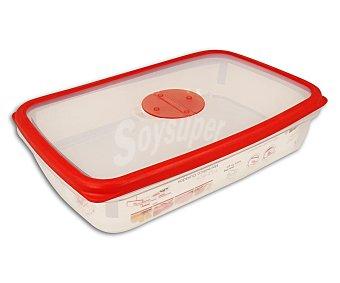 QUID Recipiente rectangular con tapa fabricado en plástico transparente, 2 litros de capacidad, modelo Frigobox 1 unidad