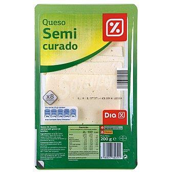 DIA Queso semicurado lonchas Envase 200 g