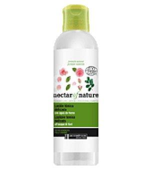 Les Cosmétiques Loción tónica delicada para pieles exigentes 200 ml.