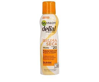 Delial Garnier Protector tacto seco FP-20 invisible en la piel absorción inmediata sin alcohol spray 200 ml resistente al agua Bruma Seca Spray 200 ml