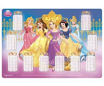 Tapete escolar con las tablas de multiplicar y con las imágenes de las princesas Disney de 34.5x49.5 centímetros 1 unidad