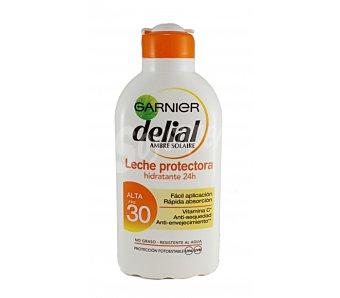 Delial Garnier Leche solar protectora con acción hidratante y factor de protección 30 (alto) Bote 200 ml