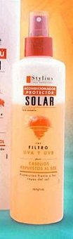 DELIPLUS ACONDICIONADOR CABELLO PROTECTOR SOLAR SPRAY BOTELLA 250 cc