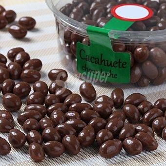 Carrefour Cacahuetes con chocolate con leche Tarrina de 200 g
