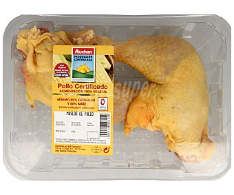 ALCAMPO PRODUCCIÓN CONTROLADA Bandeja de muslos con piel de pollo certificado 550 gramos aproximados
