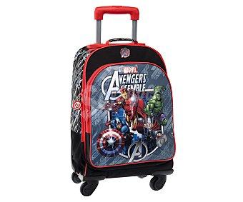 Marvel Mochila infantil con 4 ruedas pivotantes, asas reforzadas, amplio bolsillo frontal con cierre de cremallera e imagen de Los Vengadores 1 unidad