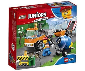LEGO Juniors Juego de construcciones con 73 piezas Camión de obras en carretera, Juniors 10750 lego