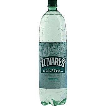Lunares Agua mineral natural con gas Botella 1,5 l