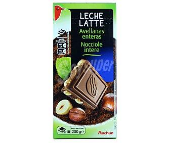 Auchan Chocolate con leche y avellanas enteras 200 gramos