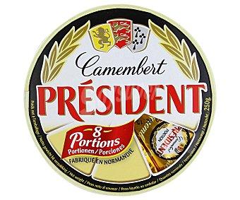 President Queso Camembert en 8 porciones 250 gr