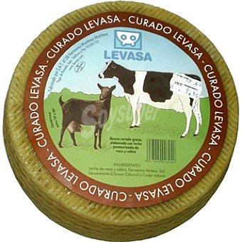 Levasa Queso curado con leche de cabra y vaca peso aproximado pieza 3 kg
