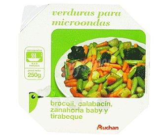 Auchan Bol Verduras al Vapor: Bróculi, Calabacín y Zanahoria 250g