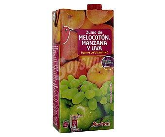 Auchan Zumo de melocotón, manzana y uva Brick de 1 litro