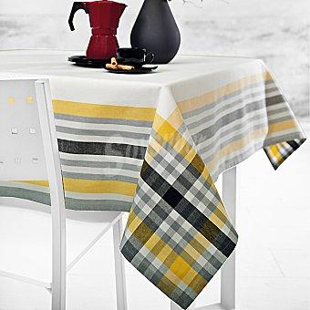 CASACTUAL Roma mantel jacquard cuadrado en color amarillo 150 X 150 cm