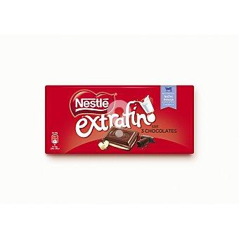 Chocolate con leche relleno de tres chocolates