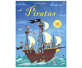 Actividades Piratas, cuaderno de actividades con pegatinas. Género: , infantil, vacaciones. Editorial Usborne. Descuento ya incluido en pvp. PVP anterior