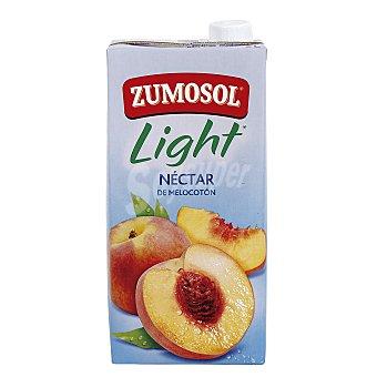 Zumosol Nectar de melocotón Ligero sin azúcar Brik 2 litros