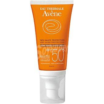Avène Crema protectora solar facial coloreada SPF 50+ unifica el tono y resistente al agua para la piel sensible del rostro Tarro 50 ml
