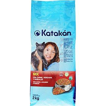 KATAKÁN Alimento para gatos con carne, verdura y cereales Mix bolsa 2 kg