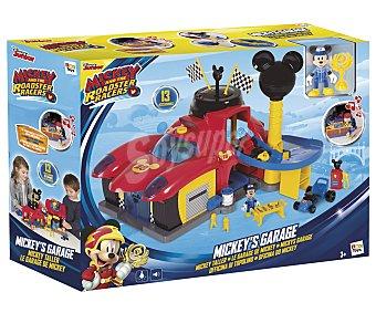 Mickey Disney Garaje con luces y sonidos Mickey Roadster Racers, incluye figura Mickey y coches, disney taller