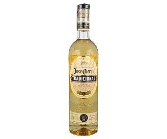 José Cuervo Tequila reposado tradicional, elaborado en Mexico botella de 70 cl