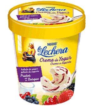 La Lechera Nestlé Crema de yogur Frutas del Bosque Nestlé 470 ml