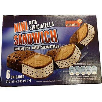 Aliada Mini sandwich helado de nata y straciatella estuche 510 ml 6 unidades