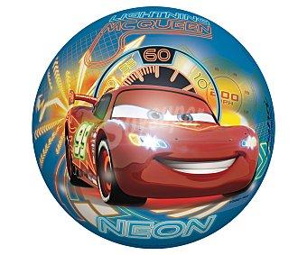 Disney Pelota de 23 centímetros decorada con los personajes de la película Cars 1 unidad
