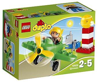 LEGO Juego de construcciones con 13 piezas Pequeño avión, ref. 10808, incluye 1 figura Duplo 1 unidad