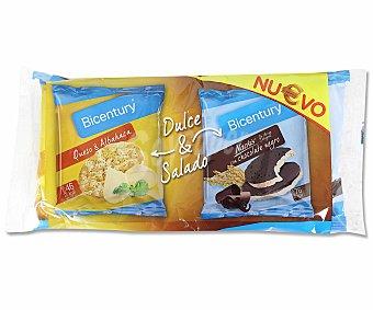 Bicentury Tortitas integral dulce y salado compuestas por 2 tortitas de arroz integral bañadas en chocolate negro y 2 tortitas de maíz con sabor a queso y albahaca Pack de 2 unidades