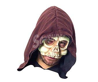 HAUNTED HOUSE Máscara de media cara Calavera haunted huse 1 unidad. Este producto dispone de distintos modelos o colores. Se venden por separado, SE surtirán según existencias. (1,41€/UN ) 1 unidad
