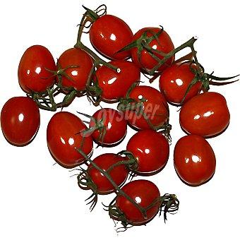 Tomates cherry en rama al peso
