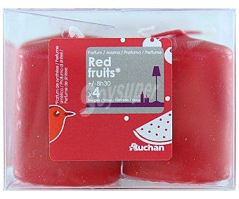 Auchan Velas cilíndricas perfumadas de 55x40 milímetros y con olor a frutos rojos Pack de 4 Unidades