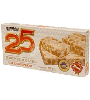 25 Turrón de Alicante 200 g