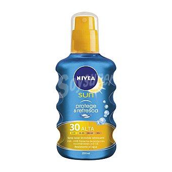 Nivea Protector solar FP50 protege&refresca 200 ml