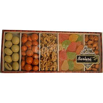 Barberá Cesta nº21 Diana fresas con chocolate blanco y yogurt, naranja choco esferas, frutas con pectina, almendra caramelizada y nuez en grano  450 g