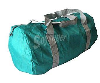 CUP´S Bolse de deporte plegable fabricada en nylon color verde, 30 litros de capacidad 1 unidad