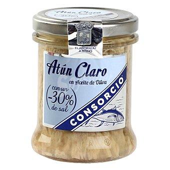 Consorcio Atún claro en aceite de oliva contenido reducido de sal 135 G 135 g
