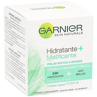 Skin Naturals Garnier Crema hidratante Hydra-Adapt fresca 24h con extractos de Té Verde tarro 50 ml Matifica & Unifica para piel mixta a grasa Tarro 50 ml
