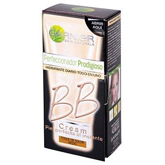 Garnier Skin Active Crema hidratante BB todo en uno anti-imperfecciones para pieles medias Tubo 50 ml