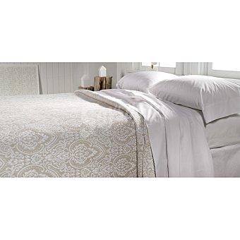 Casactual Colcha jacquard ornamental en color beige para cama 135 cm 1 Unidad
