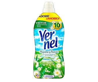 Vernel Suavizante concentrado higiene y pureza con aceite balsámico de eucalipto, 76 dosis