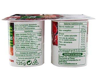 Auchan Yogur sin grasas con bifidus y frutos rojos (leche fermentada desnatada con frutos rojos y bifidobacterias. Con azúcar y edulcorantes) Pack de 4 unidades 125 gramos