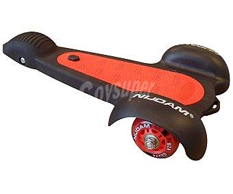 NIJDAM Monopatín de 3 Tri-Sakate, Color Rojo y Negro 1 Unidad