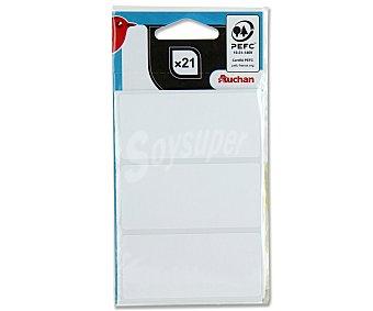 Auchan Bolsa de 21 etiquetas adhesivas blancas, con medidas de 34X75 centímetos auchan 21u