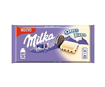 Milka Chocolate blanco con relleno sabor vainilla y trozos de galleta con cacao oreo blanco 100 g